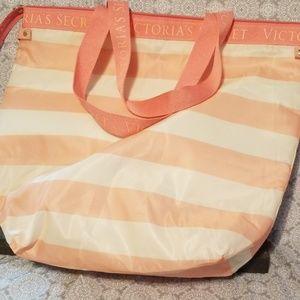 Victoria's Secret Bags - Victoria's Secret Beach Cooler Insulated Tote